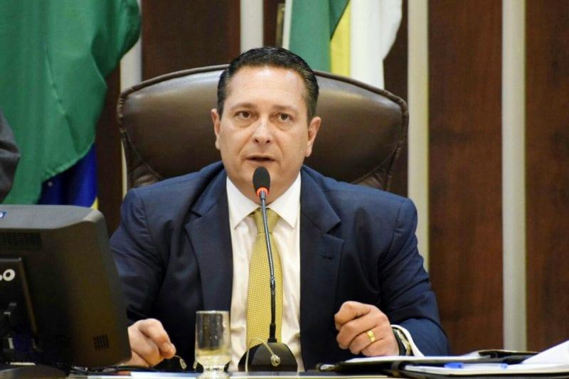 Deputado Ezequiel apresenta requerimentos para quatro municípios