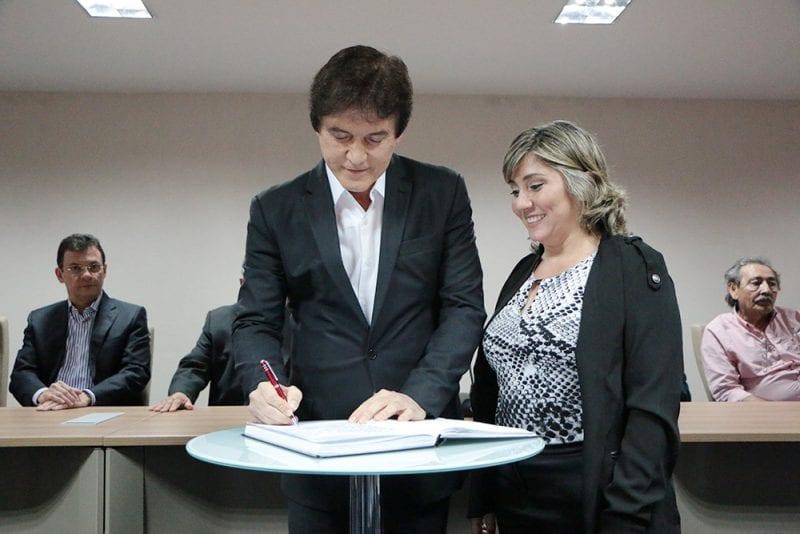 Governador empossa novos secretários