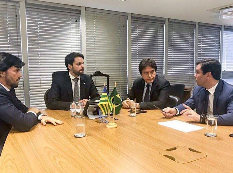 Em Brasília, Robinson garante orçamento para obras de saneamento em Natal