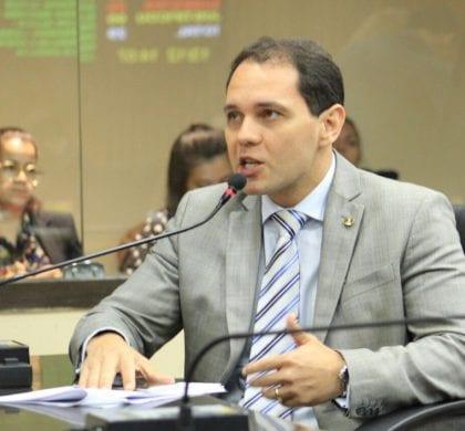 Vereador Kleber Fernandes propõe fim das multas de radares das 23h às 5h