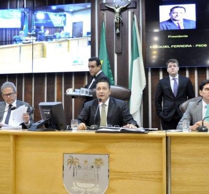 Assembleia aprova Orçamento 2018 com despesas dos Poderes congeladas