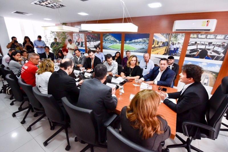 Deputados fazem mediação entre governador e Fórum dos Servidores Estaduais