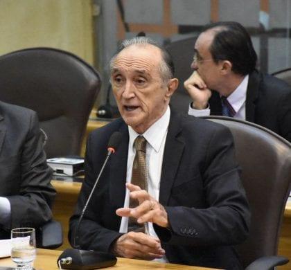 Deputado Getúlio Rêgo diz que Governo deve equilibrar finanças sem sacrifício de servidor