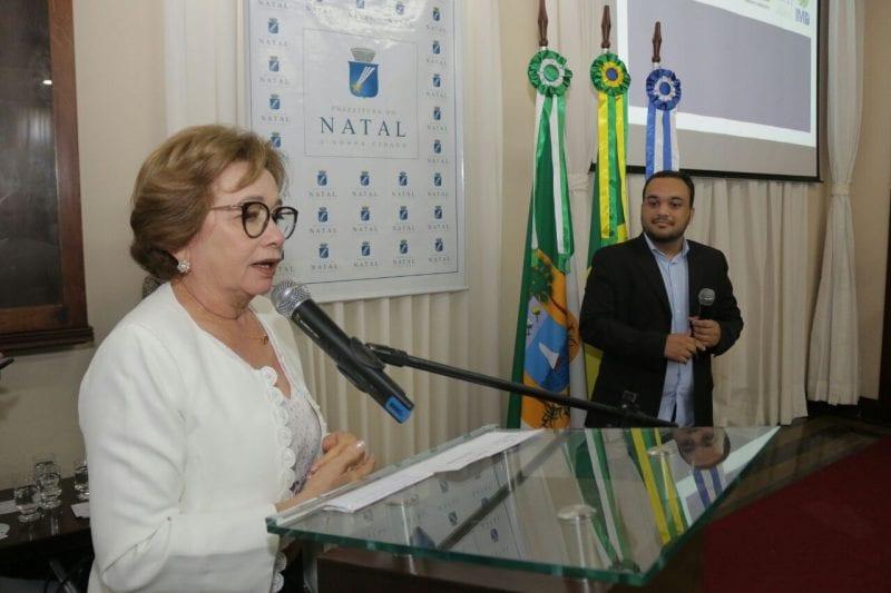 Prefeito Carlos Eduardo lança Web Rádio 156Natal