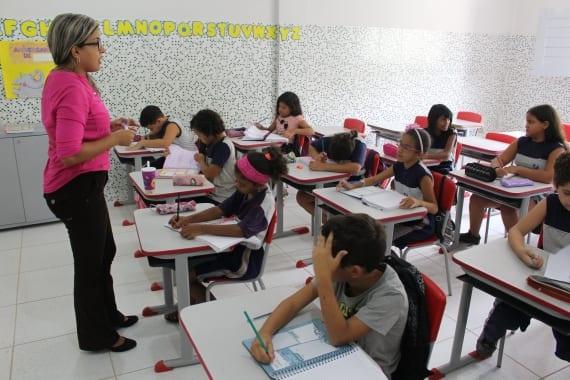 Prefeitura do Natal divulga edital com 146 vagas temporárias para professor