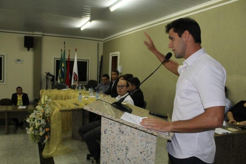 Em audiência pública, Rafael Motta debate fechamento do Banco do Brasil em Santana do Matos