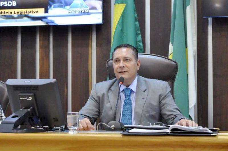 Deputado Ezequiel requer melhores serviços para municípios do Agreste e Mato Grande
