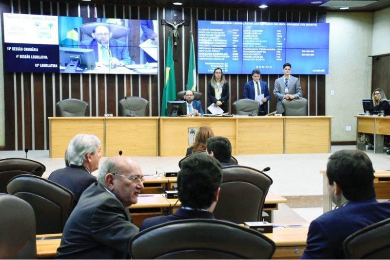 Deputados aprovam à unanimidade renegociação entre Petrobras e Governo