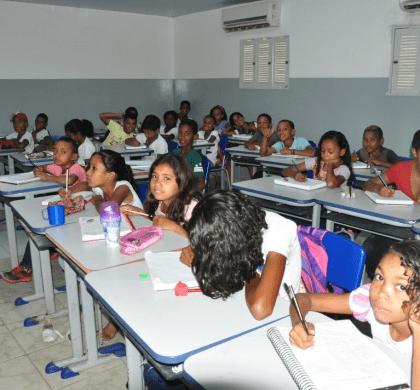 """Prefeitura de Extremoz cria """"Escola Nota Dez"""" para incentivar alunos, pais e professores"""