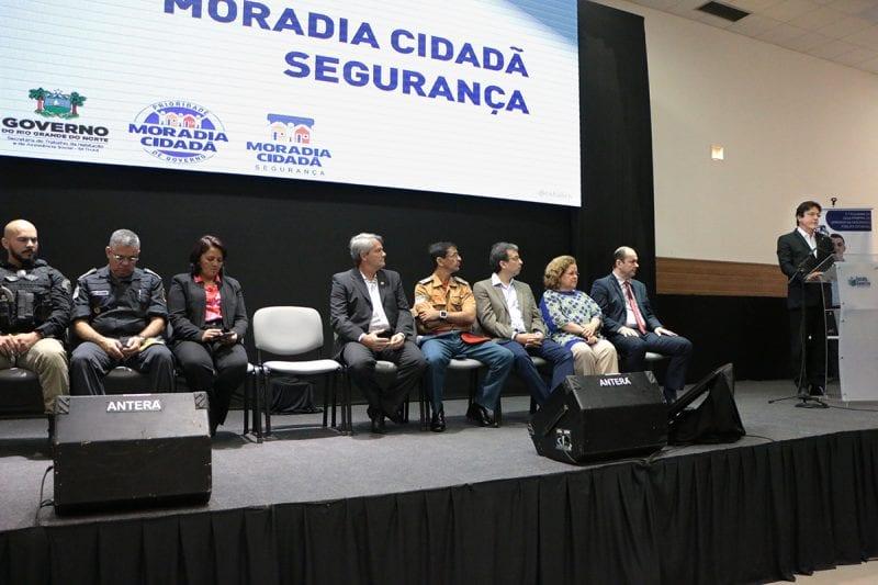 Governador lança programa de moradia para trabalhadores da segurança