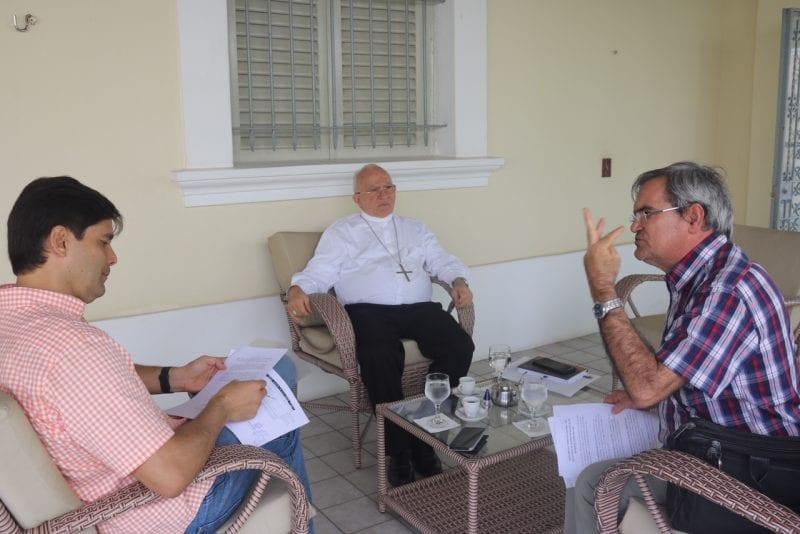 Coordenador da bancada visita Dom Jaime e fala sobre a exclusão do RN do programa de cistenas