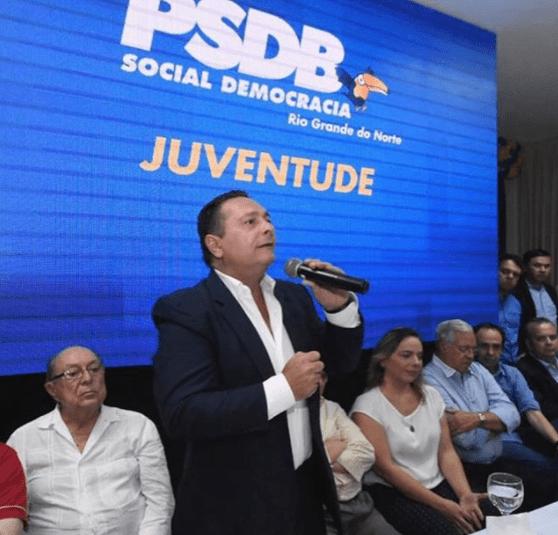 Deputado Ezequiel diz que filiação de Paulinho Freire ao PSDB engrandece o partido na capital