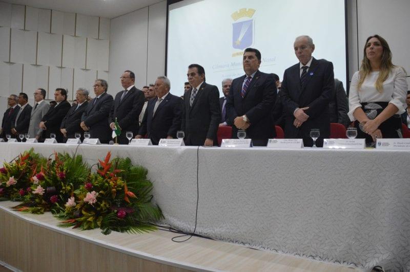 Álvaro Dias toma posse como prefeito de Natal
