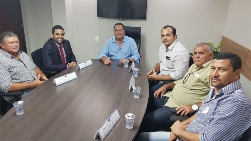 Deputado Ezequiel Ferreira discute com vereadores de Bento Fernandes ações para cidade