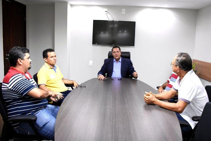 Deputado  Ezequiel Ferreira recebe pleitos de parlamentares da região Seridó