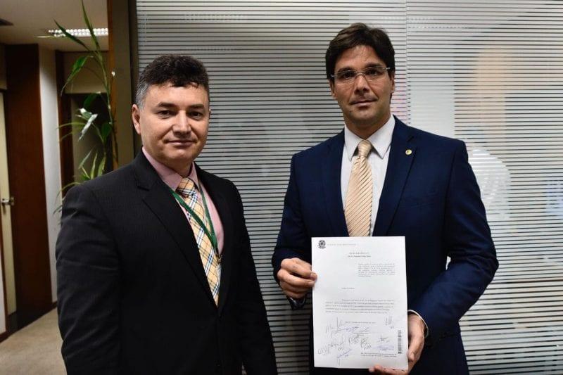 Deputado Felipe Maia protocola urgência para suspensão de portaria que limita seguro-defeso