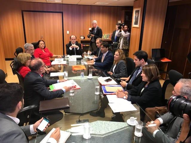 Em Brasília, bancada potiguar e reitores de universidades federais do RN solicitam a liberação de recursos financeiros para Ministro da Educação