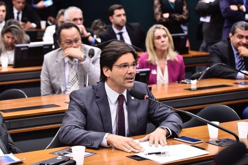 Deputado Felipe Maia participa de audiência que tratou aumento de combustíveis