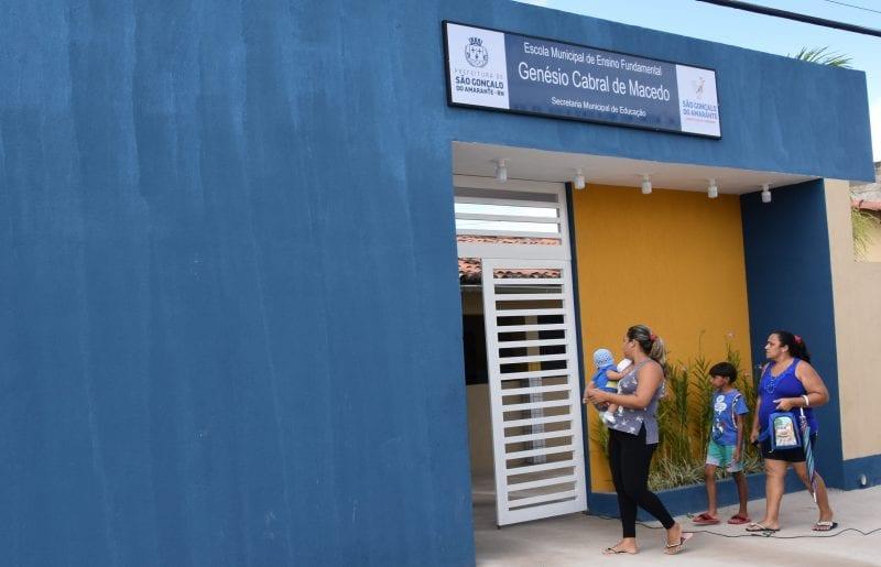 Prefeitura de São Gonçalo entrega Escola Genésio Cabral reformada