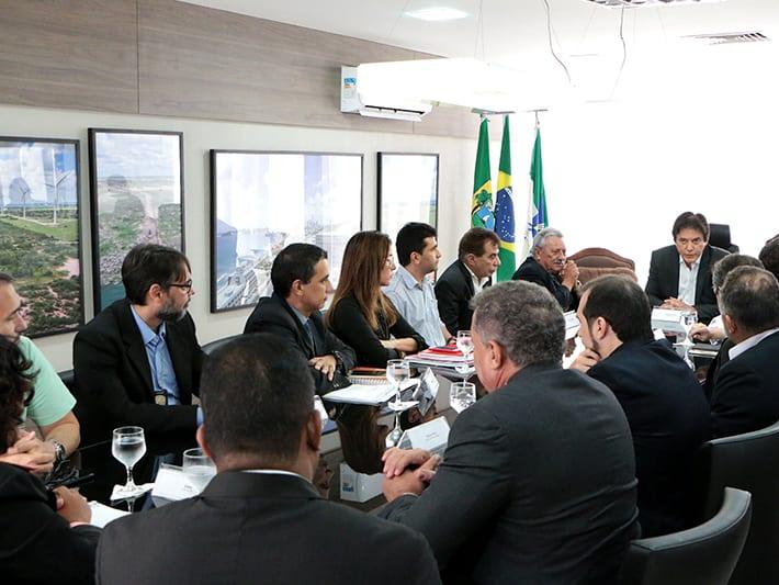 Segurança: Governador reúne Polícia Civil para tratar de concurso, estatuto e plantão em Assu