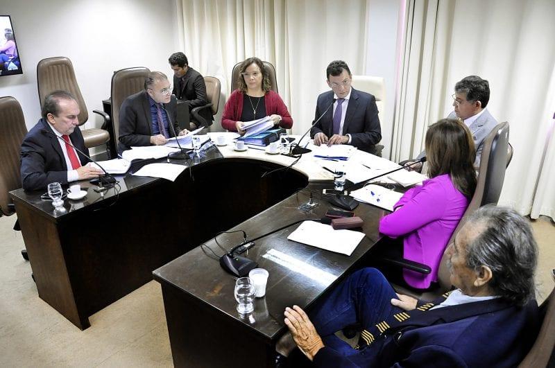 CCJ vota 17 matérias entre Projetos de Lei e vetos governamentais