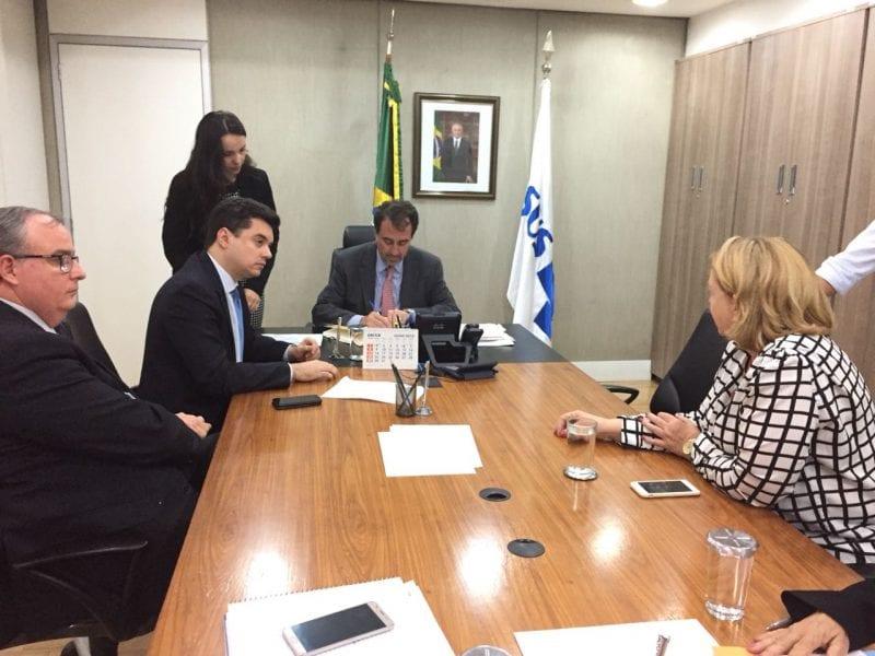 Deputado federal Walter Alves viabiliza melhorias para instituições de combate ao câncer