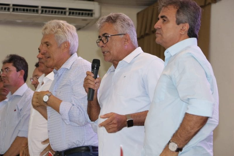 Tião Couto e Jorge do Rosário filiam mais de 100 pessoas durante evento em Mossoró