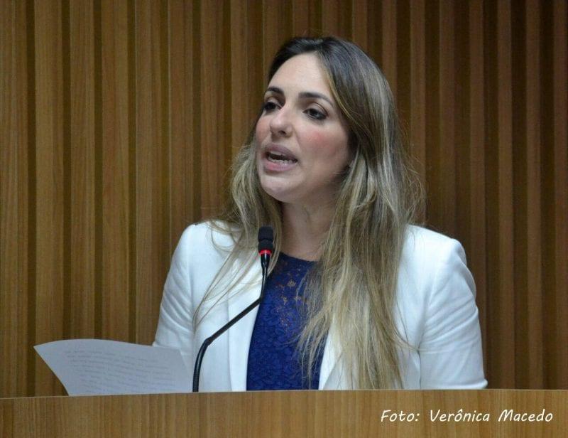 Vereadora Ana Paula denuncia uso de viatura da guarda municipal para pré-candidato