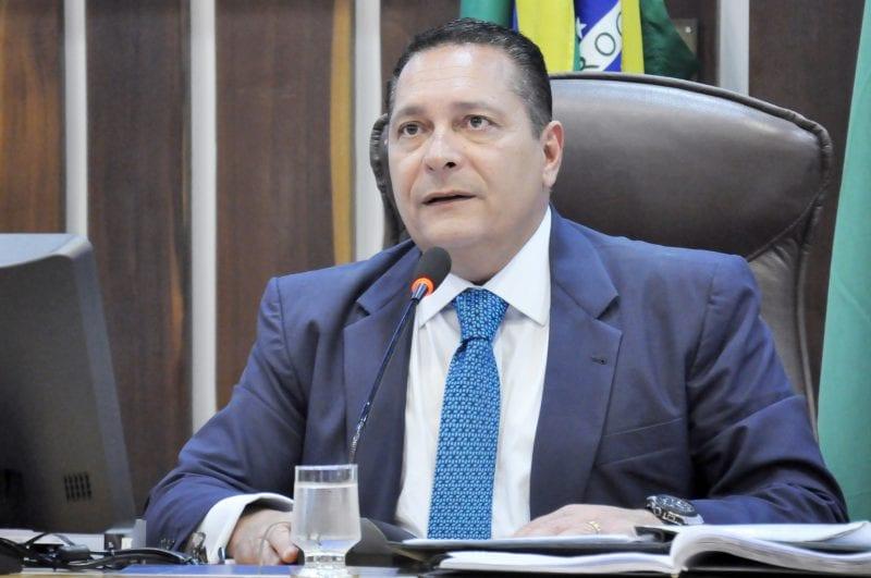 Pleito de Ezequiel pela recuperação de estrada do Seridó é atendido pelo DER