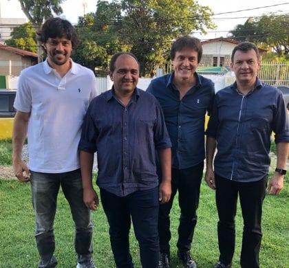Robinson e Fábio Faria recebem apoio do prefeito de Santo Antônio