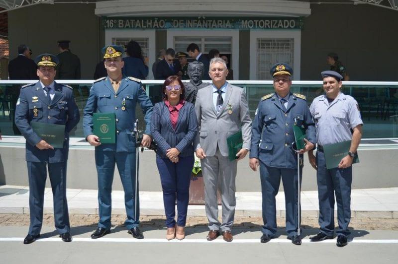 Oficiais da PM do RN são homenageados pelo Exército Brasileiro