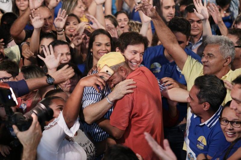 Robinson Faria faz comício em Serra Caiada e S. Paulo do Potengi