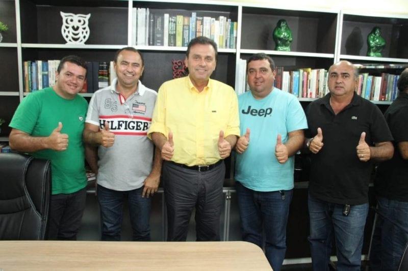 Carlos Eduardo ganha apoio de prefeitos de Alexandria, Monte das Gameleiras e Lagoa Salgada