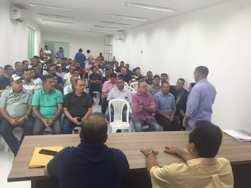 Prefeitos do PSD e do PSB declaram apoio a Carlos Eduardo