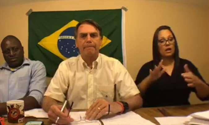Bolsonaro se reúne hoje com embaixadores e equipe de transição