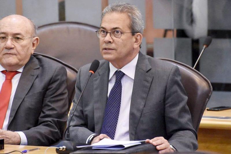 Extrema pobreza cresce no RN, mostra em plenário Hermano Morais