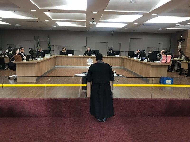 TRE-RN cassa mandato de prefeita e vice-prefeito de Santa Cruz/RN, bem como de 6 vereadores da cidade