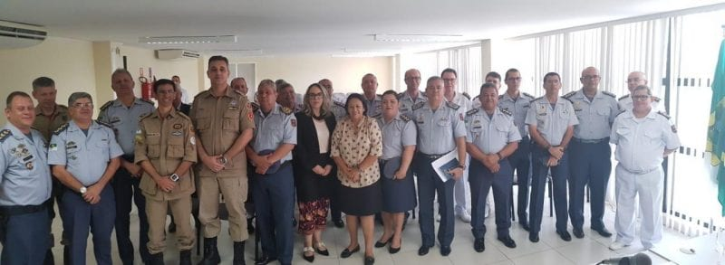Governadora eleita Fátima dialoga com oficiais da PM e Corpo de Bombeiros