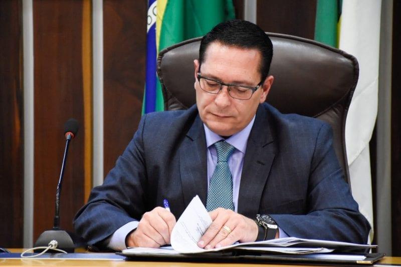 Deputado Ezequiel solicita reabertura de agências dos Correios no Seridó e Trairi