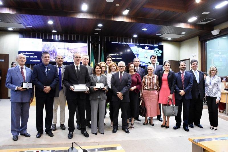 Assembleia homenageia os 60 anos da UFRN