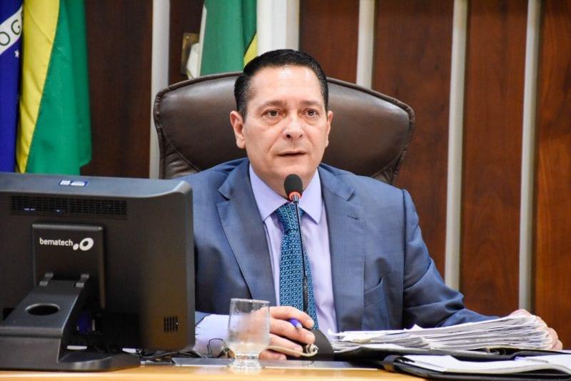 Deputado Ezequiel apresenta Projeto de Lei que institui diretrizes para proteção ao autista