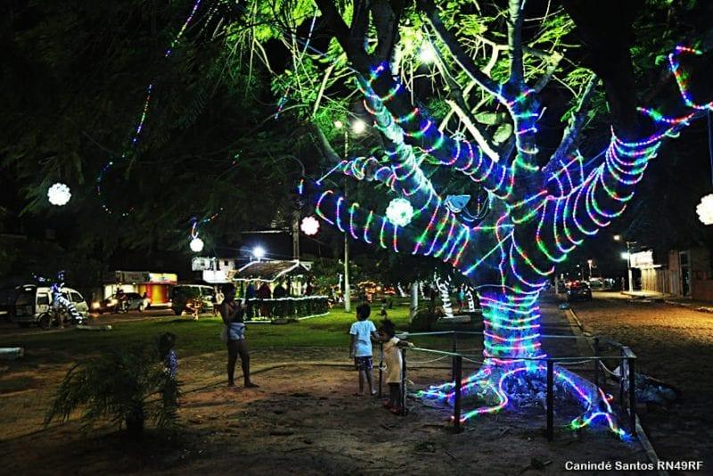 Prefeitura de Extremoz inaugura a decoração natalina