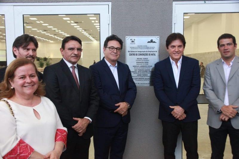 Governo inaugura novo pavilhão do Centro de Convenções