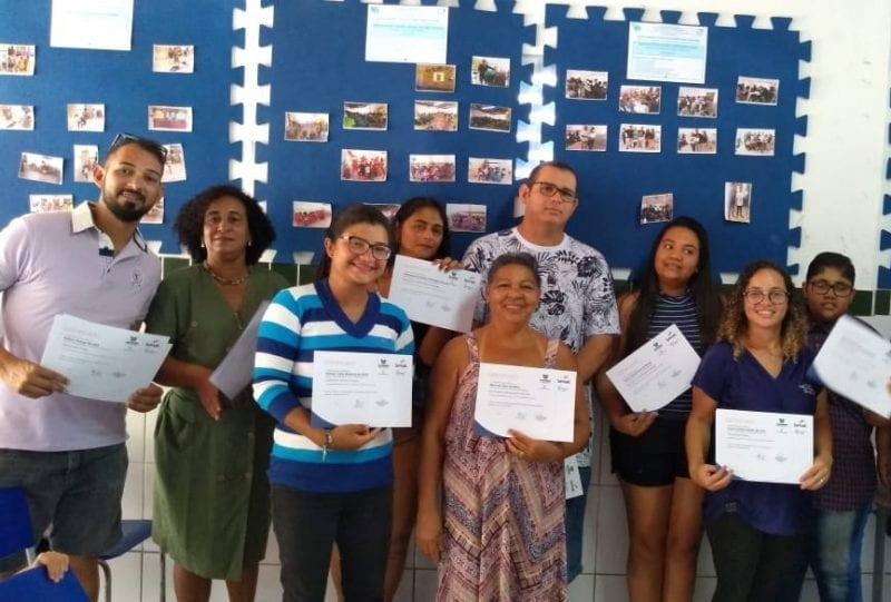 Prefeitura de Extremoz entrega certificados de cursos profissionalizantes