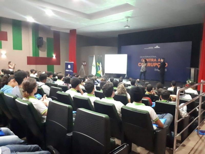 CGU leva a alunos do IFRN treinamento sobre combate à corrupção