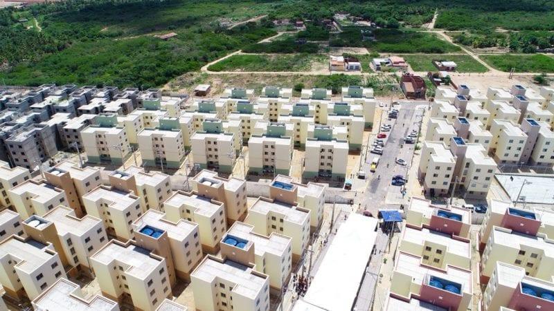 Prefeitura entrega mais um condomínio habitacional do Village de Prata