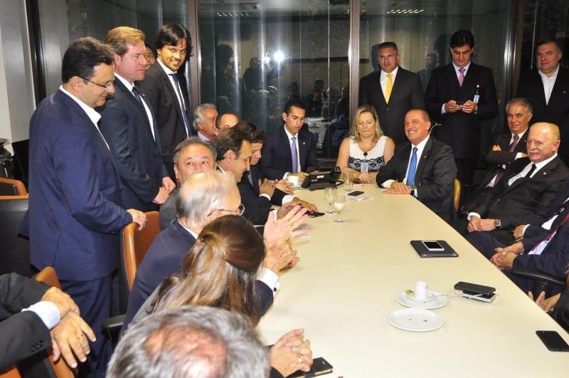 Fábio Faria participa de reunião com ministro extraordinário Onyx Lorenzoni
