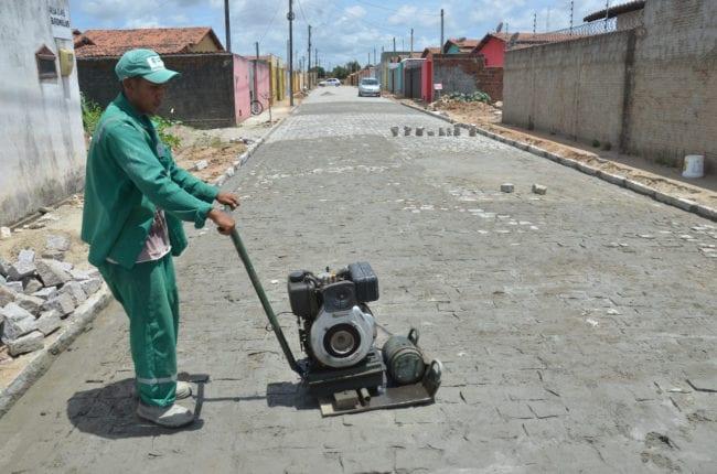 Prefeitura de São Gonçalo divulga balanço que investiu mais de R$ 11 milhões em pavimentação