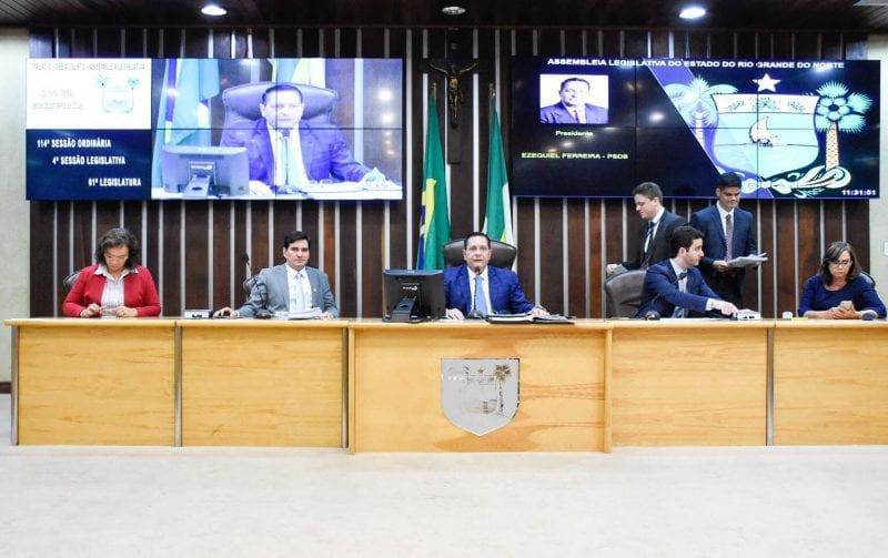 Assembleia aprova nome do novo procurador geral de contas