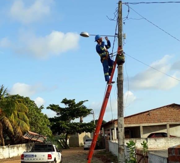 Prefeitura de Extremoz realiza melhorias na rede elétrica